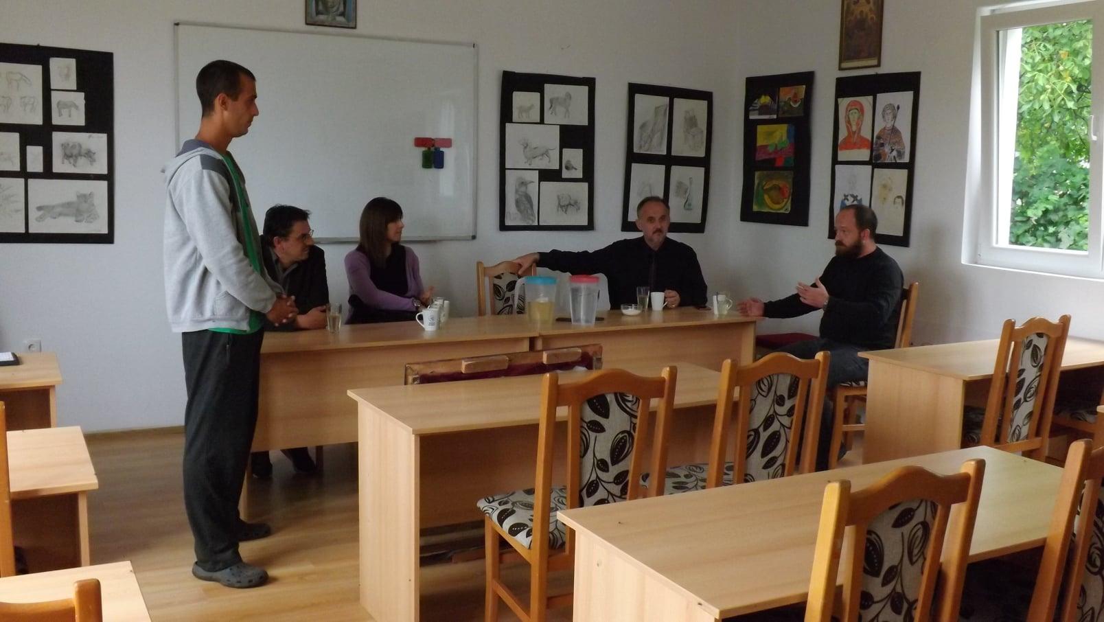 Професори Филизофског факултета из Бања Луке посетили нашу заједницу на Ченеју